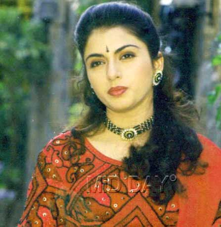 BHAGYASHREE IMAGES PICS PICTURES HD DOWNLOAD