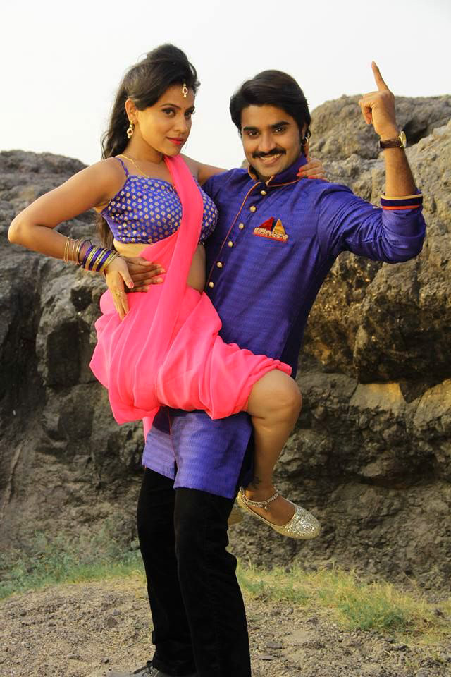 BHOJPURI ACTION HERO IMAGES PIC DOWNLOAD