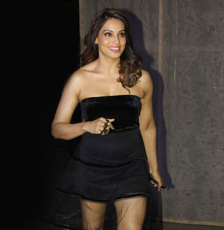 BIPASHA BASU FULL HD 4K IMAGES PICTURES FOR WHATSAPP