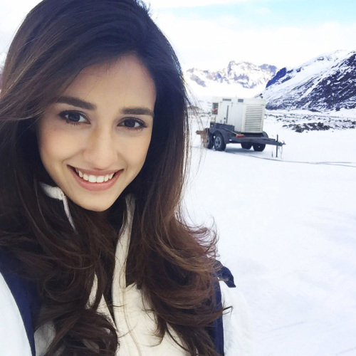 DISHA PATANI IMAGES PICTURES WALLPAPER