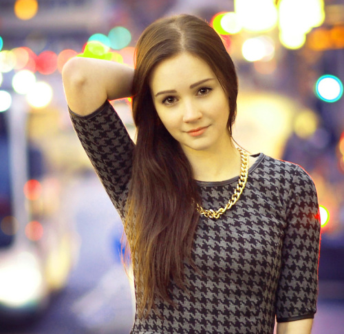 MOST BEAUTIFUL DESI STYLISH GIRLS PROFILE IMAGES PICS PHOTO FOR FACEBOOK