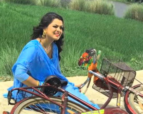 BHOJPURI SUPERSTAR NIDHI JHA IMAGES PICTURES PICS FREE HD