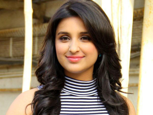 PARINEETI CHOPRA IMAGES WALLPAPER PHOTO DOWNLOAD