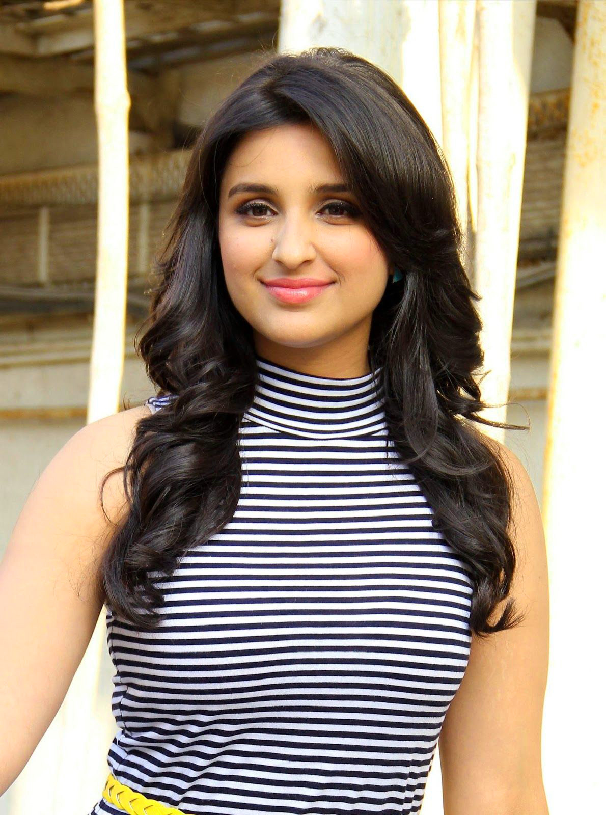 PARINEETI CHOPRA IMAGES PICTURES PICS FREE HD DOWNLOAD