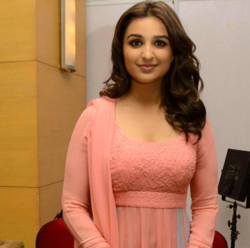 PARINEETI CHOPRA IMAGES PICTURES FREE HD