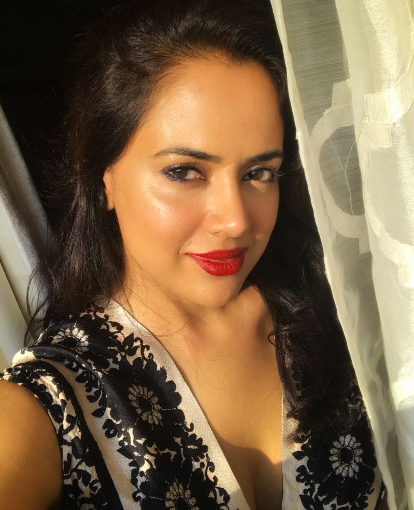 SAMEERA REDDY IMAGES PICS PICTURES FREE HD