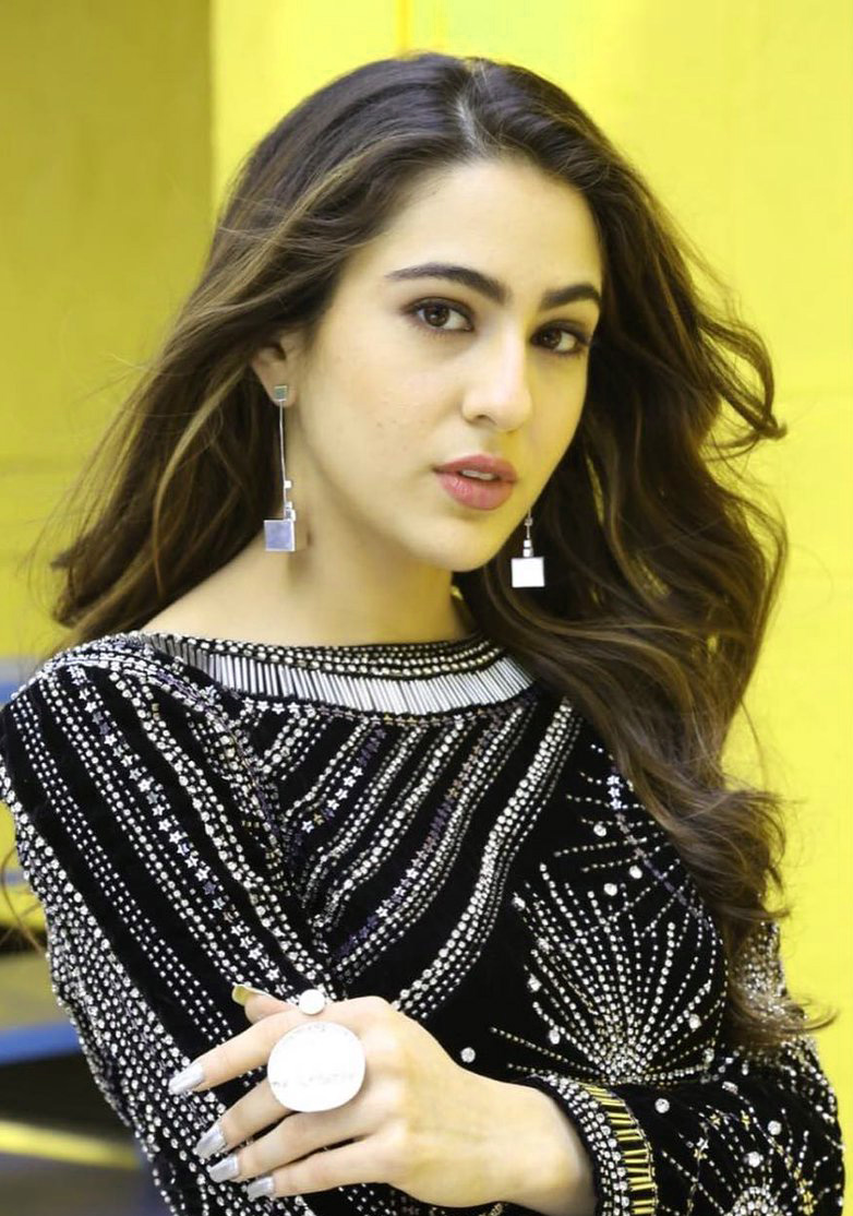SARA ALI KHAN IMAGES WALLPAPER PHOTO FOR FACEBOOK