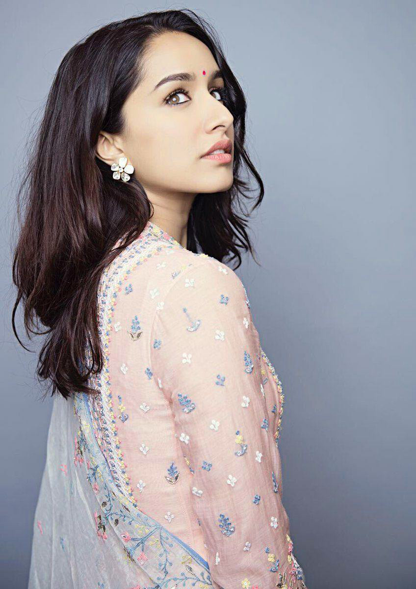 SHRADDHA KAPOOR IMAGES WALLPAPER PHOTO FOR FACEBOOK