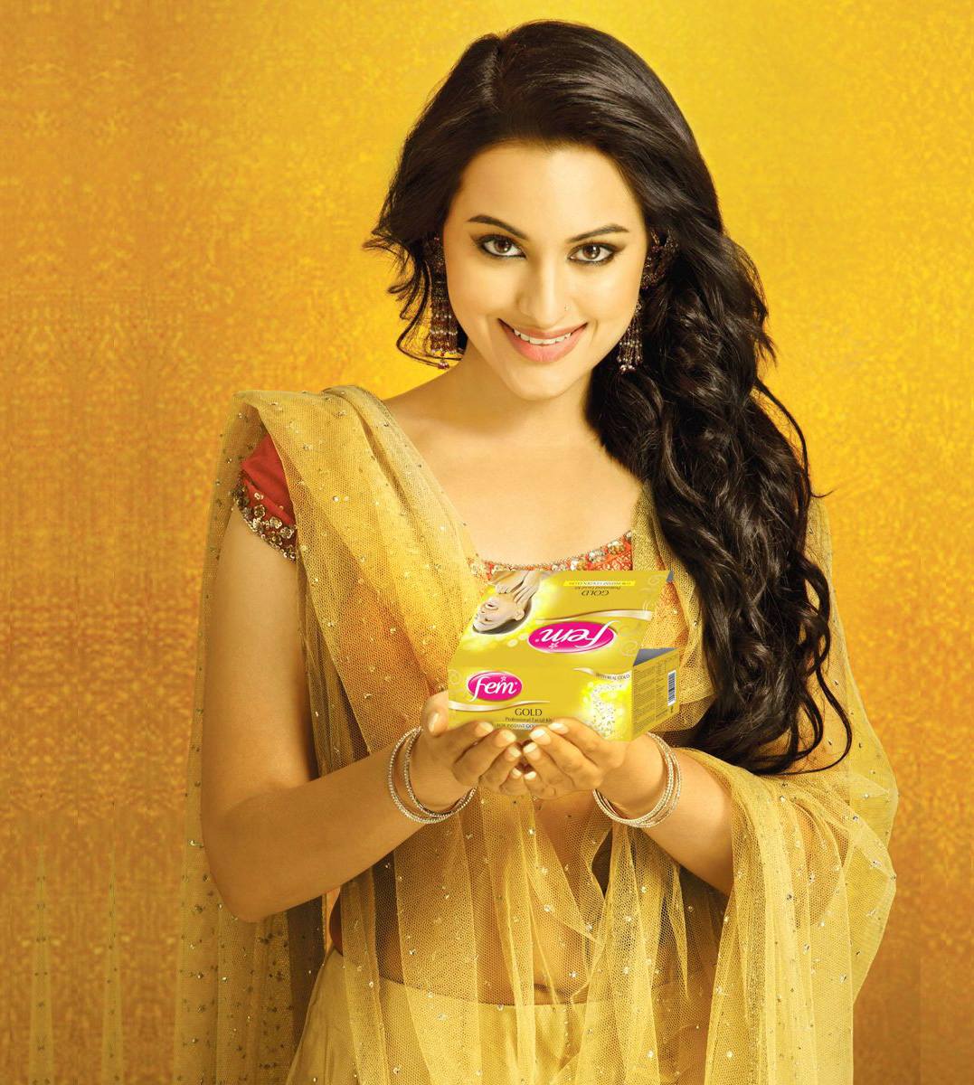 SONAKSHI SINHA IMAGES PICTURES PICS FREE HD DOWNLOAD