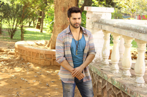 VARUN DHAWAN IMAGES PICTURES PICS FREE HD DOWNLOAD