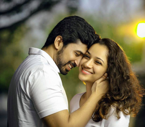 CUTE COUPLE DP IMAGES WALLPAPER PICS FREE