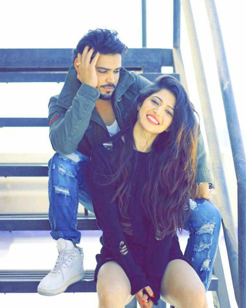 CUTE LOVE COUPLE WHATSAPP DP IMAGES WALLPAPER PHOTO FREE DOWNLOAD
