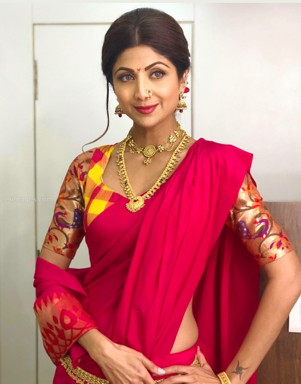 SHILPA SHETTY OLD IMAGES WALLPAPER FREE DOWNLOAD